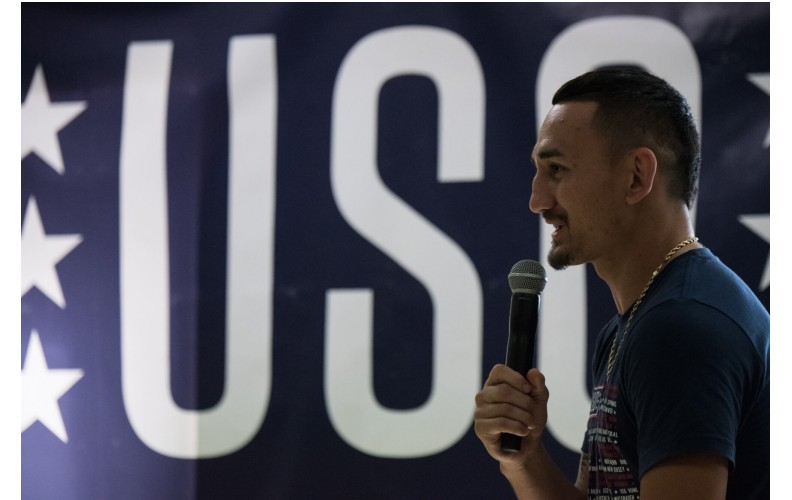 Pro Fighter Profile: Max Holloway