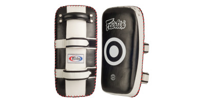 An in depth review of the Fairtex Extra Thick Curved in 2019