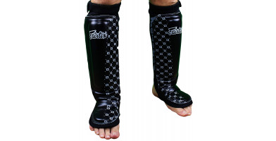 An in depth review of the Fairtex Neoprene Shin Guards in 2019