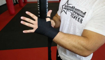 How to Wrap Hands for Muay Thai in 5 Easy Steps